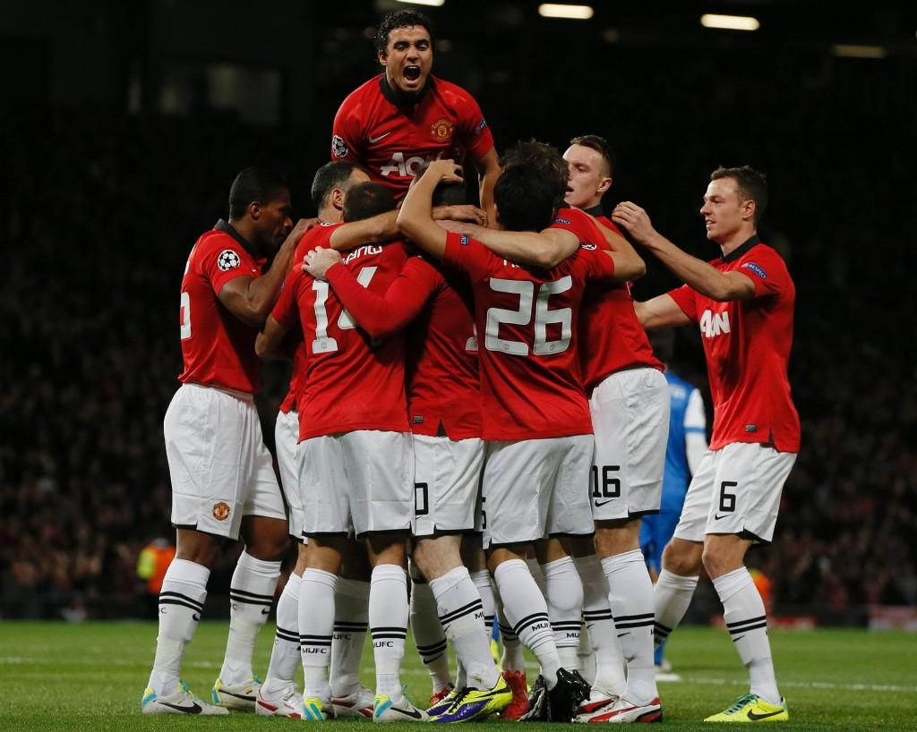23102013---jogadores-do-manchester-united-comemoram-o-primeiro-gol-da-equipe-contra-o-real-sociedad-1382556065789_1920x1534