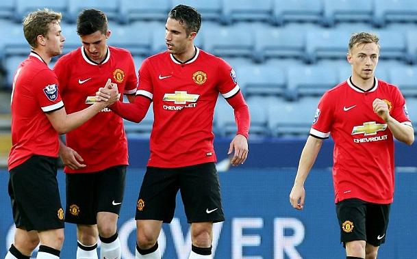 SUB-21: United empata com o Leicester em partida marcada por lesões e volta de Van Persie