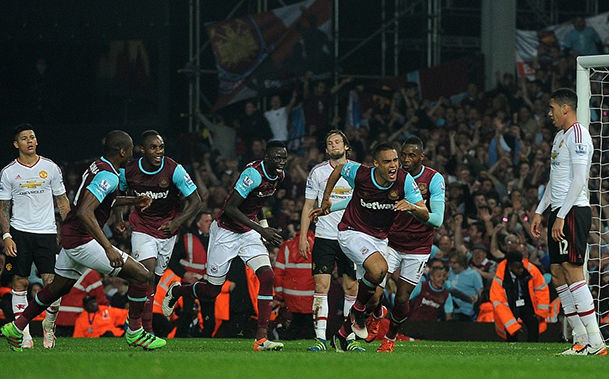 United é derrotado pelo West Ham e desperdiça chance de entrar no G4