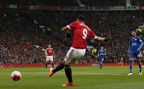 United empata com o Leicester que não foi campeão no teatro dos sonhos