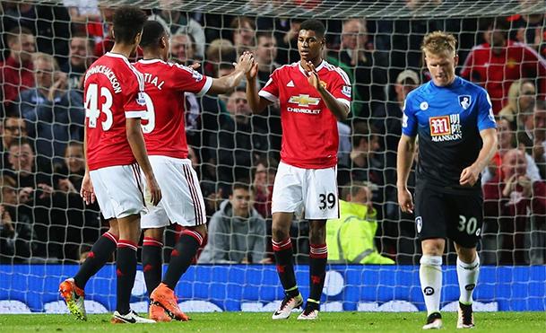 United vence e confirma vaga na Europa League