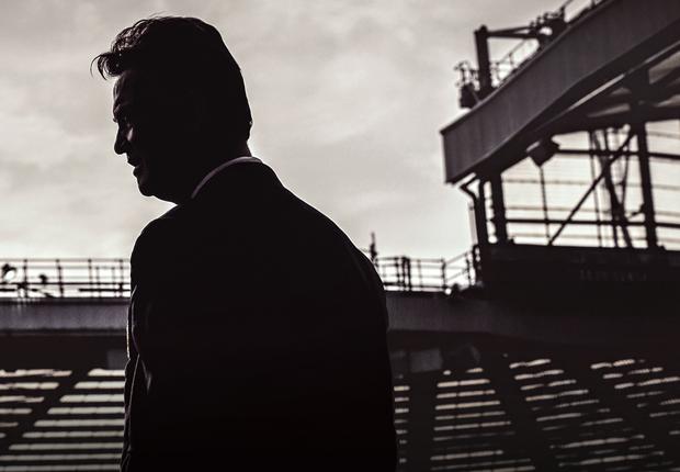 Manchester United anuncia oficialmente a saída de Louis Van Gaal