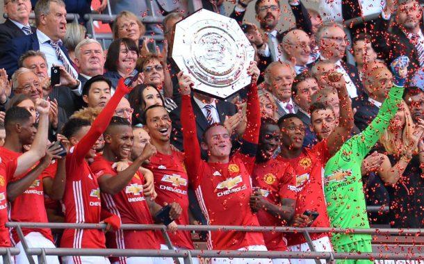 Com gol decisivo de Ibrahimovic, United conquista a Supercopa da Inglaterra pela 21ª vez na história
