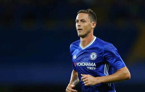 United acerta a contratação de Nemanja Matic, diz imprensa inglesa