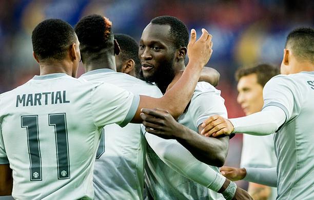 United vence com facilidade o Valerenga