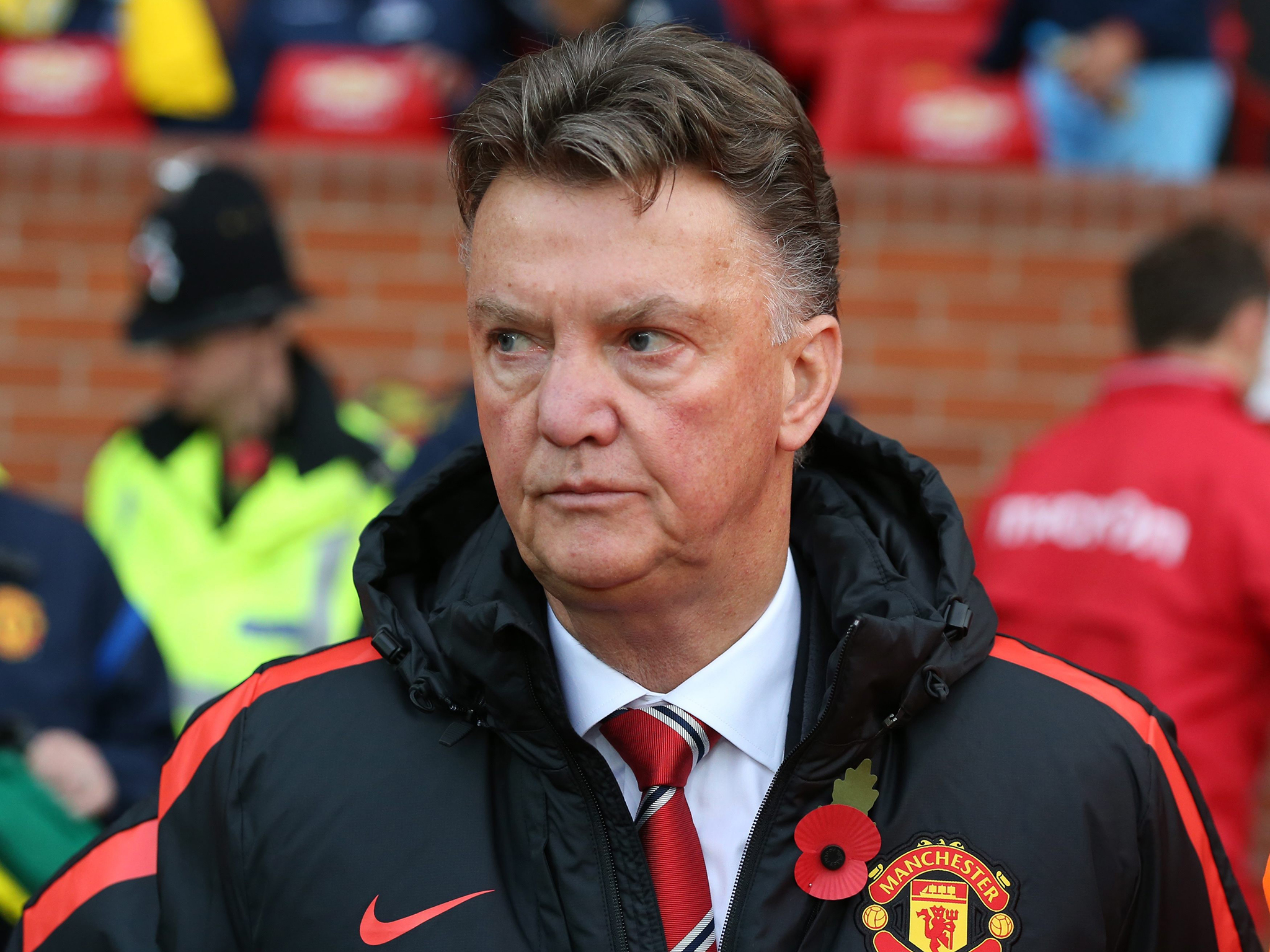 Van Gaal dispara contra diretoria do Manchester United