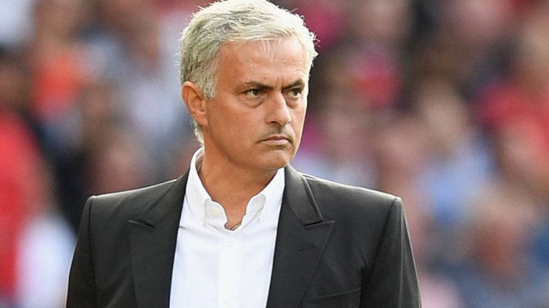 Mourinho rebate críticas da imprensa