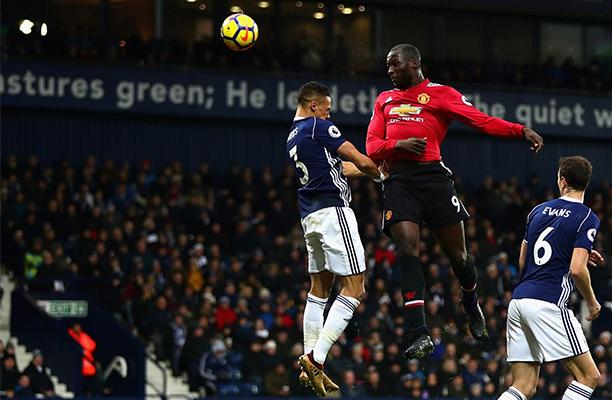United abre vantagem e sofre pressão, mas vence o West Bromwich