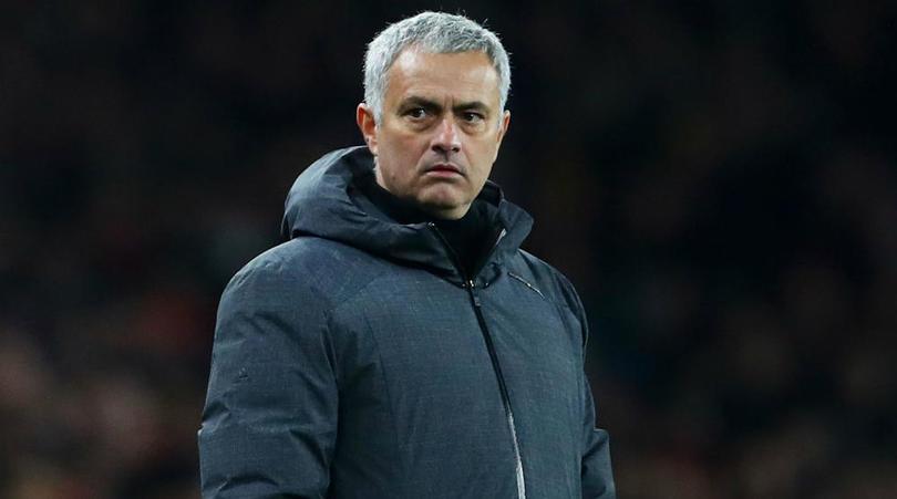 José Mourinho critica a atmosfera silenciosa de Old Trafford