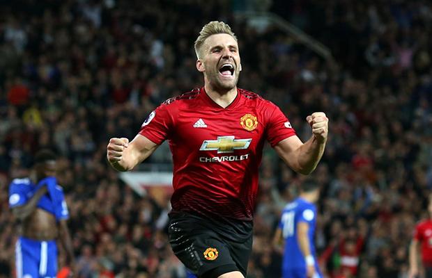 Pogba e Shaw marcam e United vence o Leicester, na abertura da Premier League