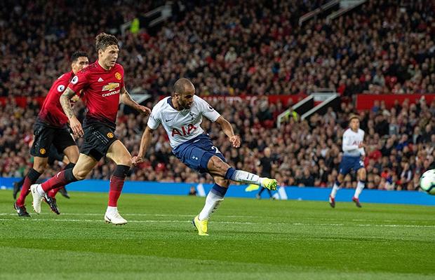 United erra muito e é derrotado pelo Tottenham